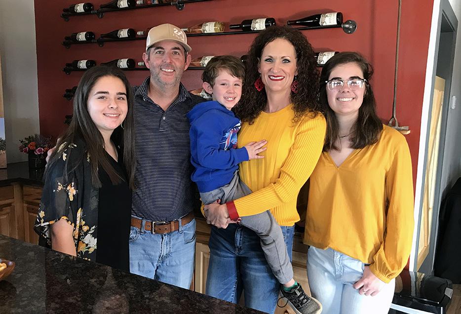 Rowdy Tameisha Alyssa Reese and Gatlin Bolen Vineyards Winery
